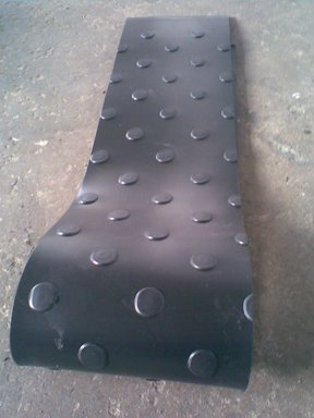 产品名称:PVC黑色防滑软板